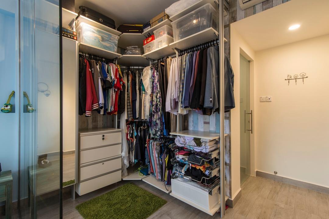 Glendale Park, Ace Space Design, Scandinavian, Bedroom, Condo, Wardrobe, Walk In Wardrobe, Glass Door, Green Rug, White Laminate, White Wardrobe, Storage