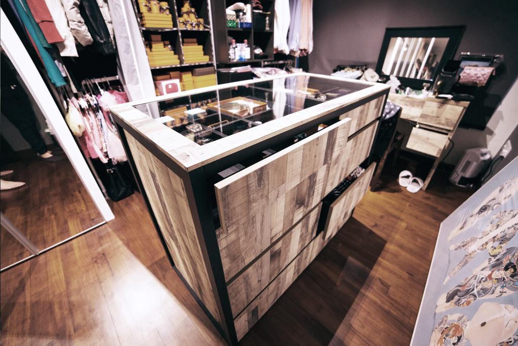 Scandinavian, HDB, Bedroom, Upper Serangoon View (Block 476C), Interior Designer, NIJ Design Concept, Luggage, Suitcase
