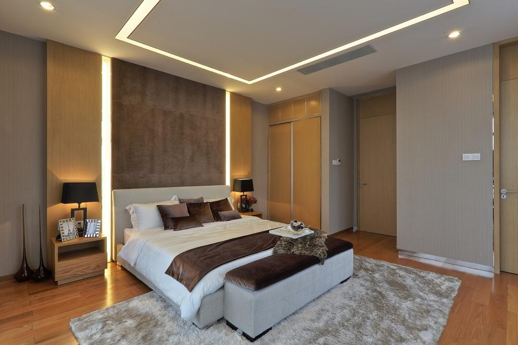 Traditional, Landed, Bedroom, Nanhu Golf Villa, Architect, EZRA Architects, Curtain, Rug, Concealed Lighting, Concealed Light, Wooden Cupboard, Wooden Wardrobe, Bedside Lamp, False Ceiling, Indoors, Interior Design, Room