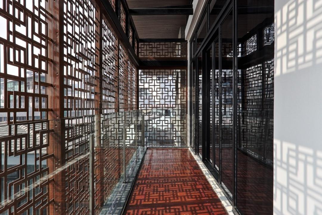 Nanhu Golf Villa, EZRA Architects, Traditional, Landed, Walkway, Corridor, Decorative Panels, Wooden Flooring, Wooden Floor