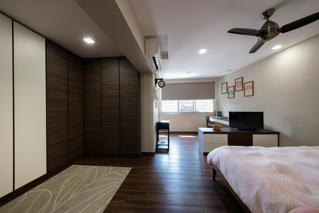 Modern, HDB, Bedroom, Bishan Street 23, Interior Designer, Voila, Modern Contemporary Bedroom, King Size Bed, Ceiling Fan, Recessed Lights, Cozy, Cosy, Spacious, Wooden Floor, Wooden Wardrobe, Roll Down Curtain