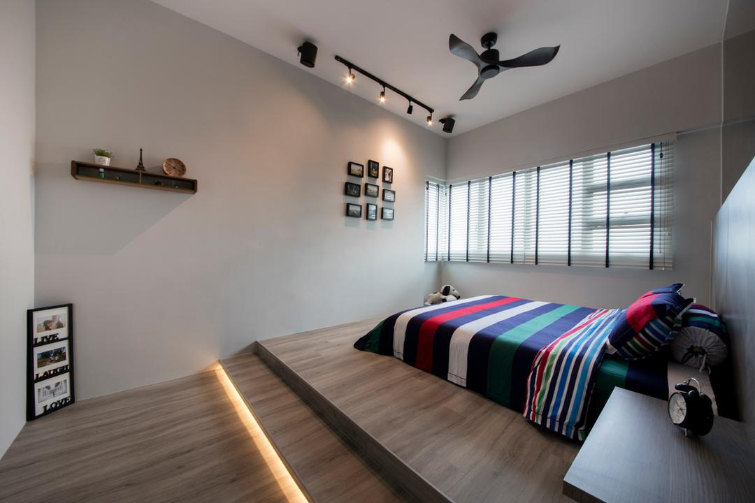 Jalan Tenteram (Block 116A), Starry Homestead, Industrial, Bedroom, HDB, Wooden Floor, Wooden Elevated Platform, King Size Bed, Ceiling Fan, Track Lights, Wall Mounted Shelve, Roll Down Curtain, Bed, Furniture