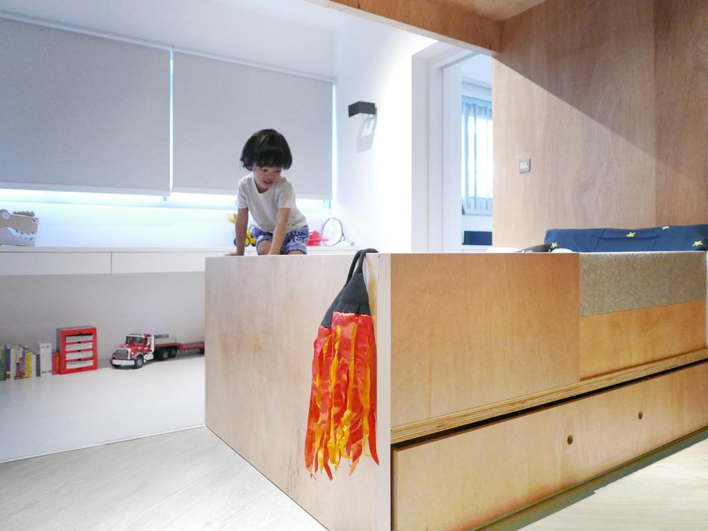 Scandinavian, Condo, Bedroom, The Crate Apartment, Architect, UPSTAIRS_, Human, People, Person, Furniture, Reception