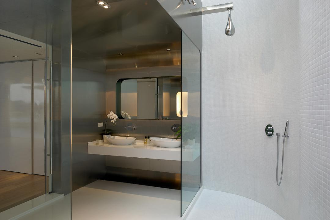 Cove Way 2, Greg Shand Architects, Modern, Bathroom, Landed, Shower, Glass Doors, Wall Mount Sink, White Basin, Mirror, White Walls, White Flooring, Indoors, Interior Design, Room, Lighting