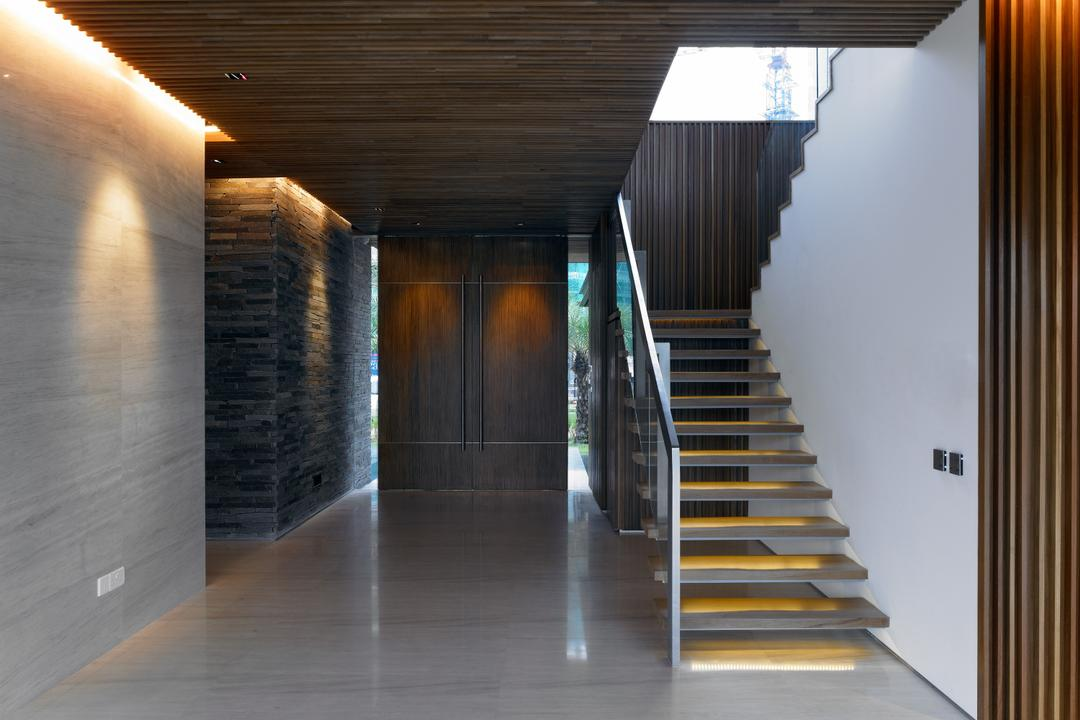 Cove Way 2, Greg Shand Architects, Modern, Landed, Wooden Ceiling, Wooden Steps, Glass Barricade, Wooden Wall, Concealed Lighting, Banister, Handrail, Staircase, Corridor
