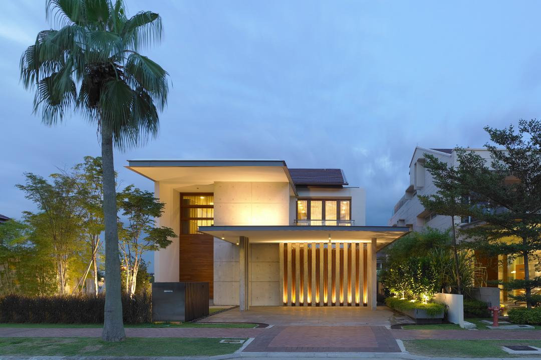Ocean Drive 3, Greg Shand Architects, Modern, Landed, Exterior View, Plants, Night Lighting, Concealed Lighting, Concealed Lights, Two Storey, Flora, Jar, Plant, Potted Plant, Pottery, Vase, Arecaceae, Palm Tree, Tree, Building, House, Housing, Villa