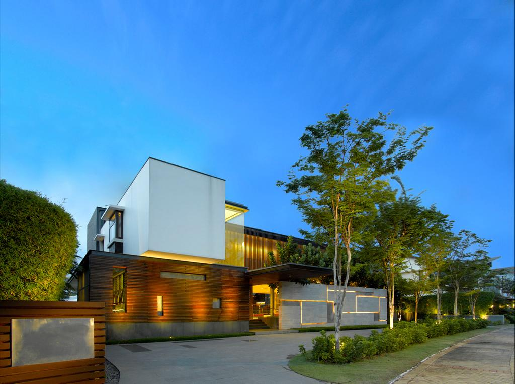 Modern, Landed, Ocean Drive 2, Architect, Greg Shand Architects, Exterior View, Plants, Trees, Entrance, Concealed Lights, White Walls, Building, House, Housing, Villa, Cottage