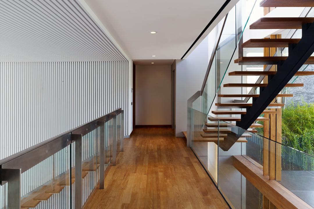 Cove Way 1, Greg Shand Architects, Modern, Landed, Glass Barricade, Wooden Flooring, Wooden Steps, Banister, Handrail, Staircase, Hardwood, Wood