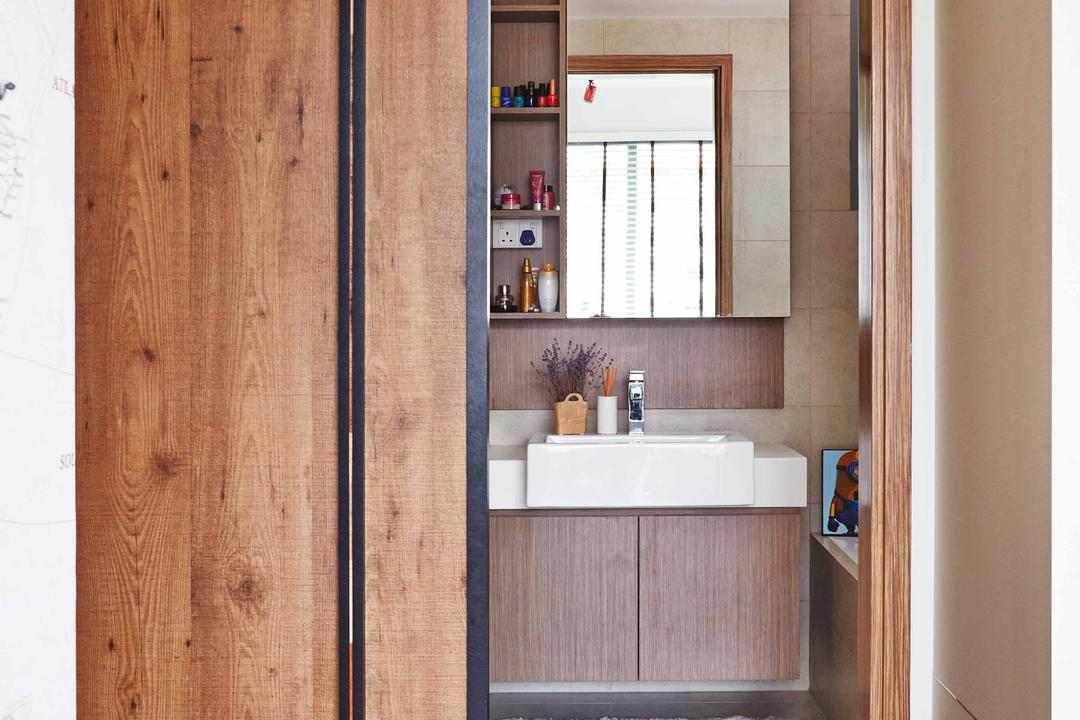 The Canopy, Fuse Concept, Eclectic, Bathroom, Condo, Wooden Laminate, Laminated Flooring, Wooden Flooring, Brown Flooring, Sliding Doors, Wooden Doors, Mirror, Mirror Cabinet, White Basin, Indoors, Interior Design, Room