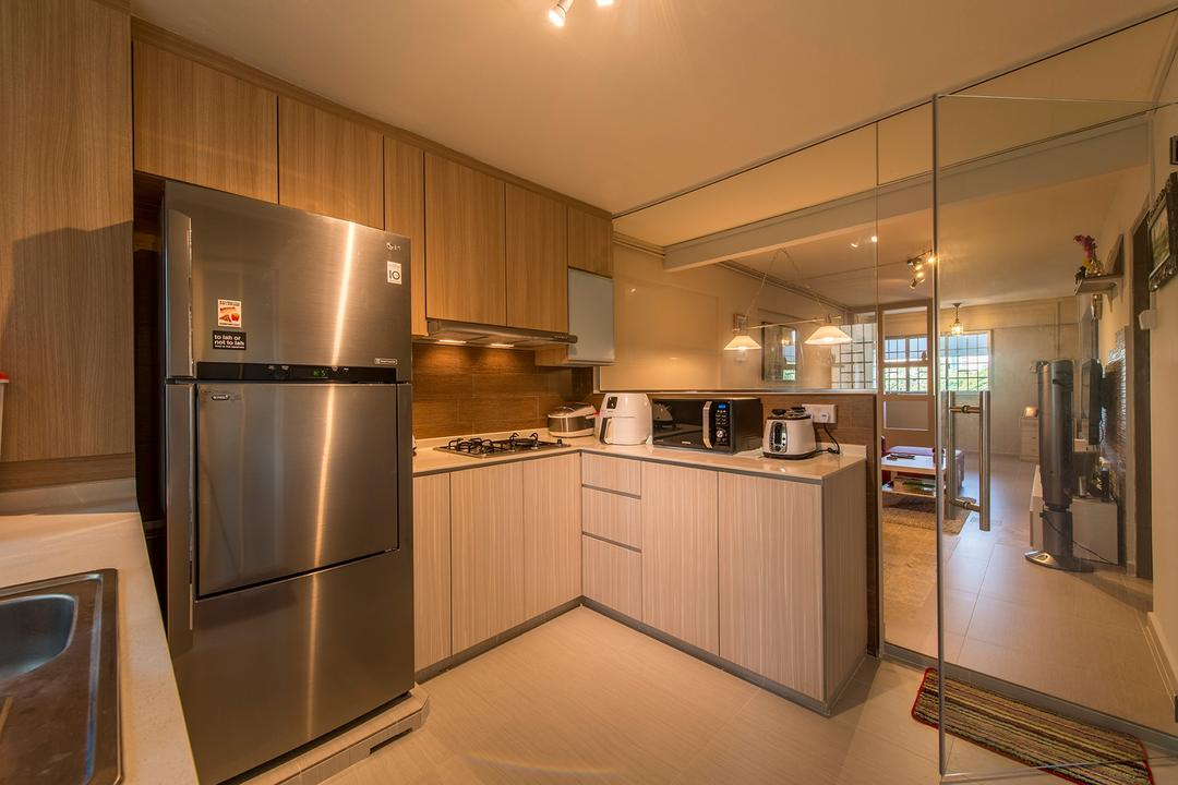 Bedok Reservoir, Ace Space Design, Contemporary, Kitchen, HDB, Glass Doors, Wooden Cabinet, Laminated Cabinet, Refrigerator, Glass Partition, Indoors, Interior Design, Room, Appliance, Electrical Device, Fridge