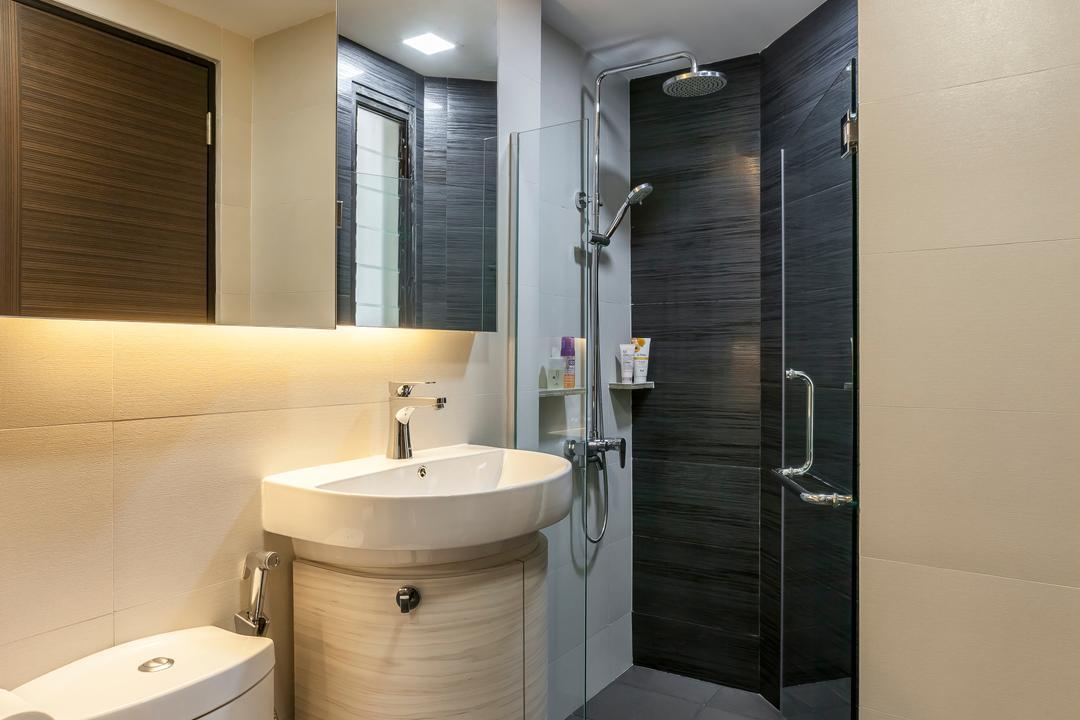 Amber Gardens, The Interior Lab, Modern, Bathroom, HDB, Recessed Lighting, Recessed Light, Concealed Light, Concealed Lighting, Bathroom Mirror, Glass Door, Glass Shower Door, Bathroom Tiles, Indoors, Interior Design, Room