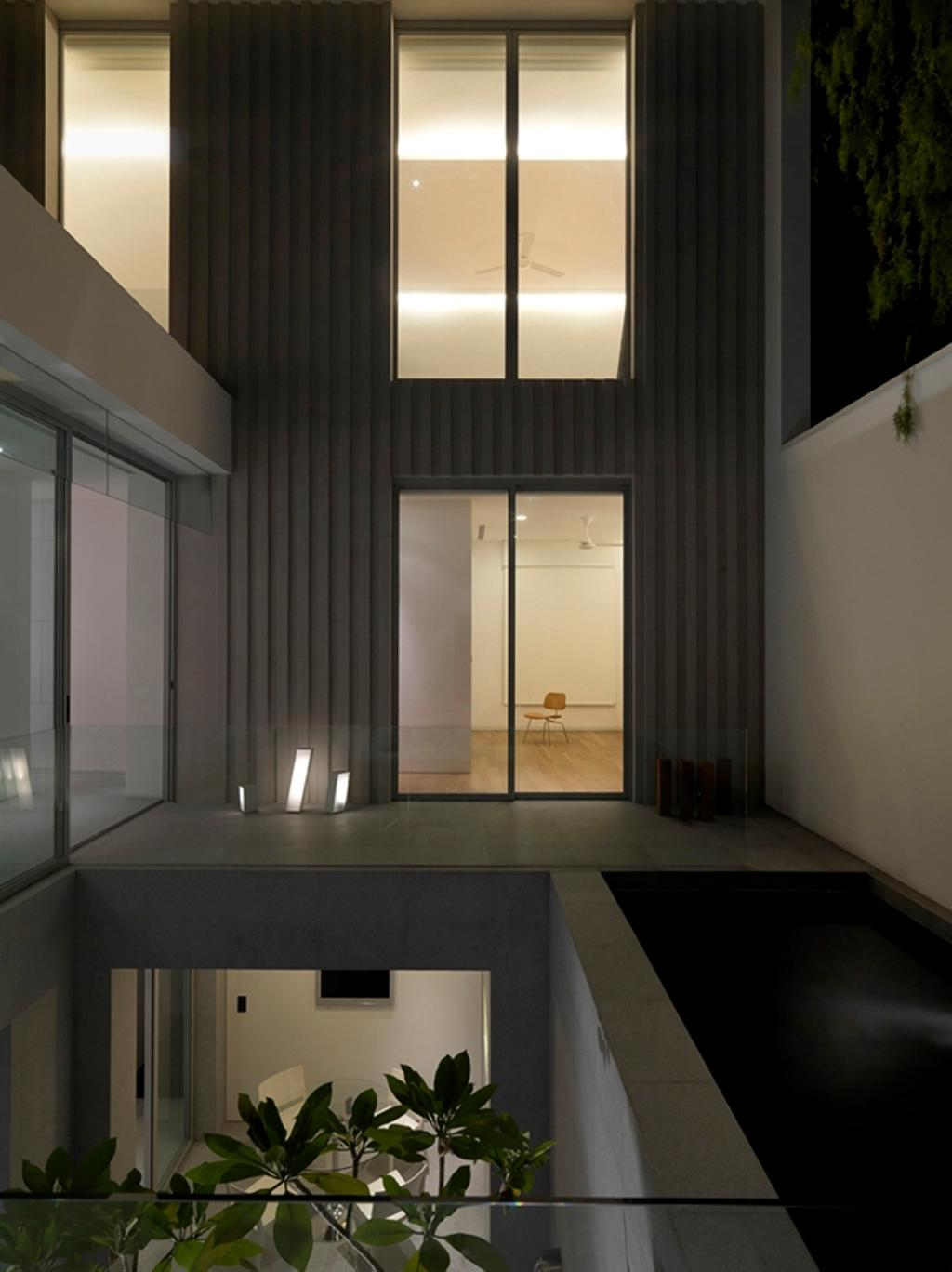 Modern, Landed, Ontario, Architect, Ministry of Design, Glass Barricade, Glass Walls, Wall