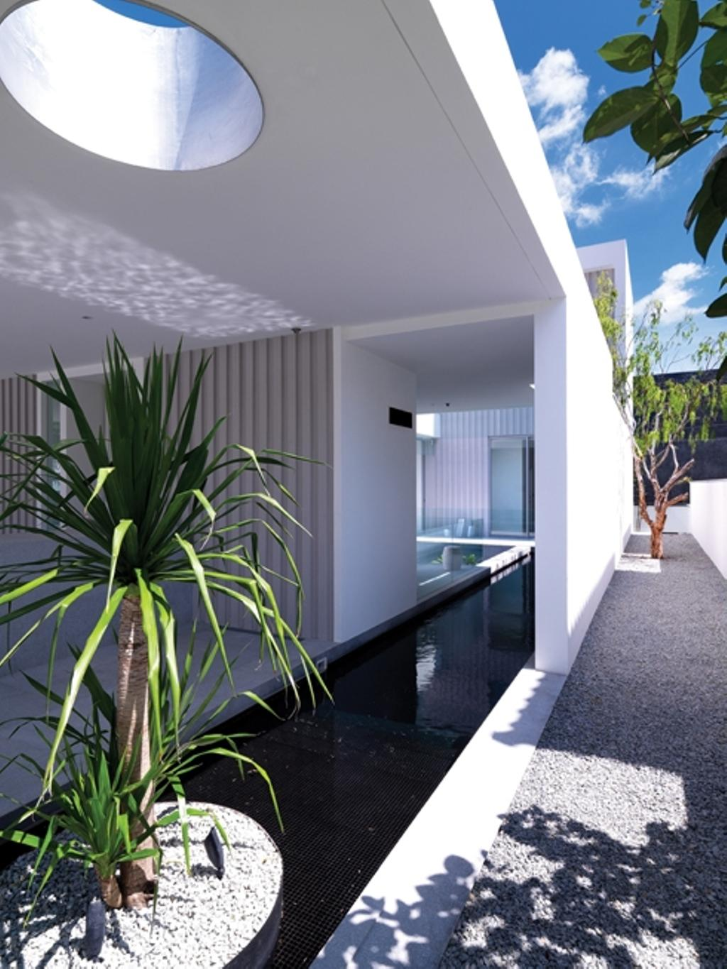 Modern, Landed, Ontario, Architect, Ministry of Design, White Walls, White Ceiling, Planted Trees, Pebbles Path, Small Pond, Building, House, Housing, Villa
