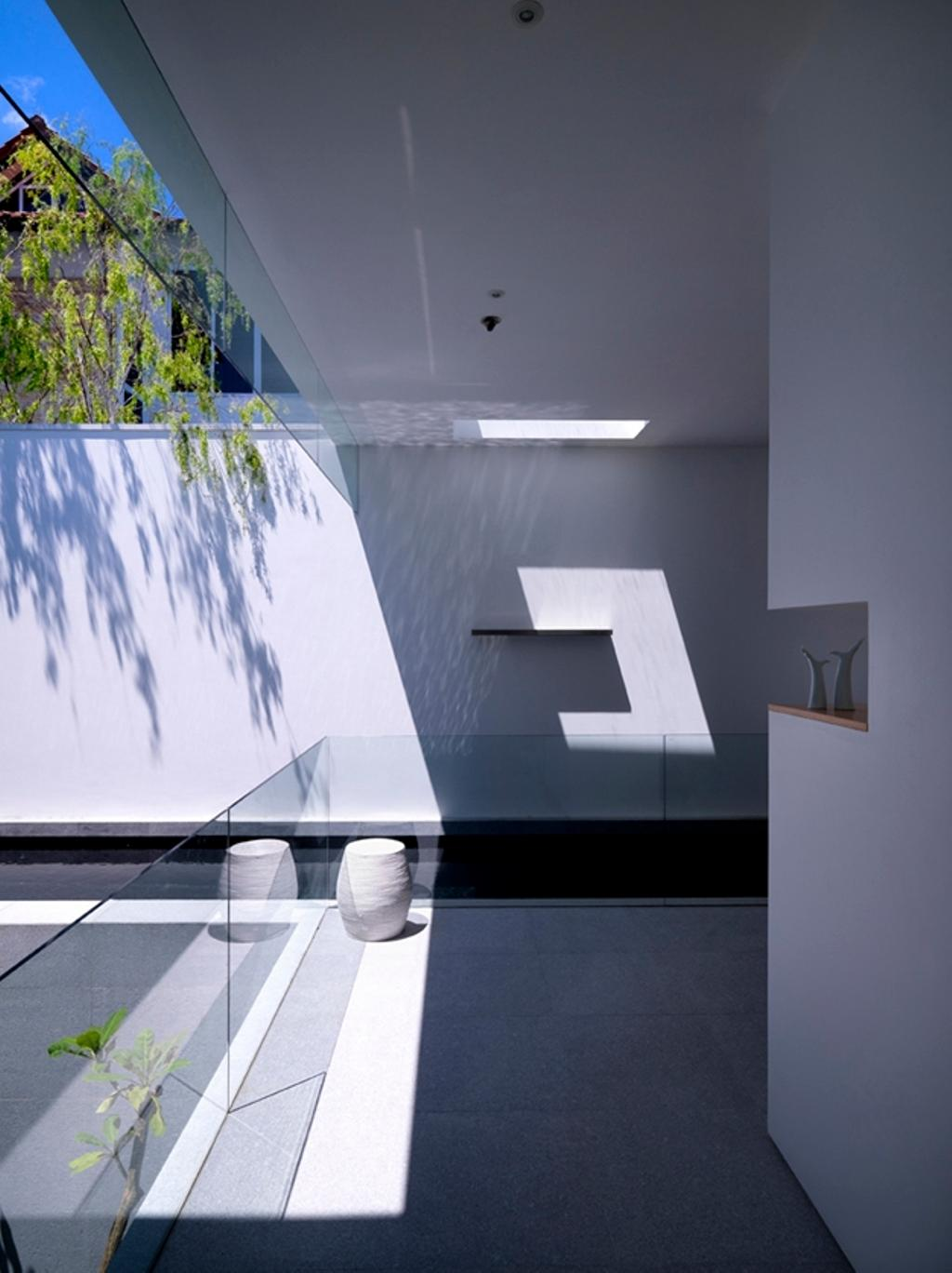 Modern, Landed, Ontario, Architect, Ministry of Design, Small Pond, White Walls, Glass Barricade, White Ceiling