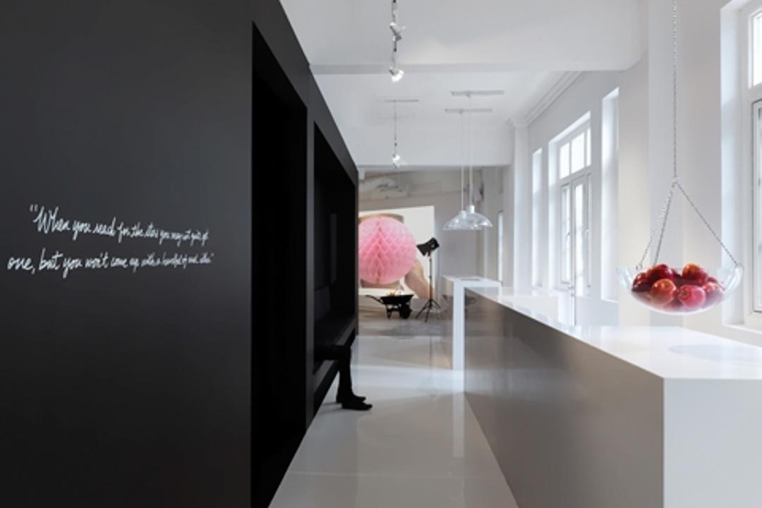 Leo Burnett, Ministry of Design, Eclectic, Commercial, White Flooring, White Counter, Hanging Fruit Basket, Black Wall, Wallart, White Wall, White Ceiling, Corridor