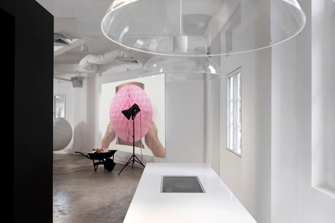 Leo Burnett, Ministry of Design, Eclectic, Commercial, White Counter, White Flooring, Concrete Floor, Hanging Lighting, White Wall, White Ceiling, Ipad