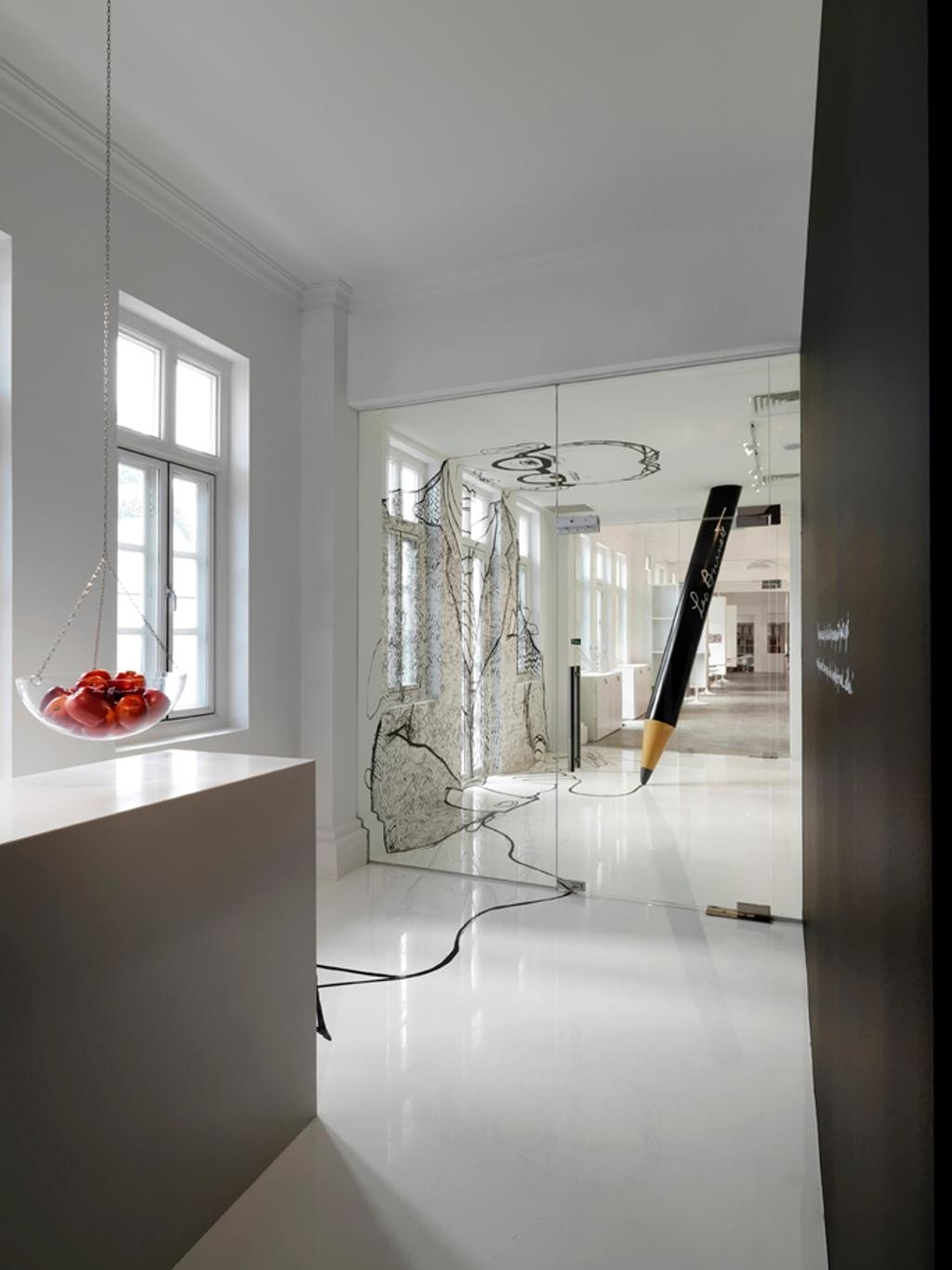 Leo Burnett, Commercial, Architect, Ministry of Design, Eclectic, White Flooring, White Ceiling, White Wall, White Windows, Counter, Hanging Fruit Basket, Glass Doors, Wallart, Pencil Pillar