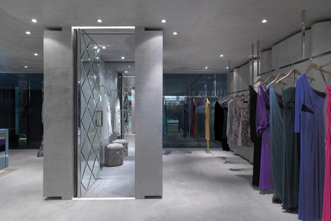 Ashley Isham Mandarin, Ministry of Design, Contemporary, Commercial, Changing Room, Recessed Lighting, Recessed Lights, Concrete Floor, Clothing Rack