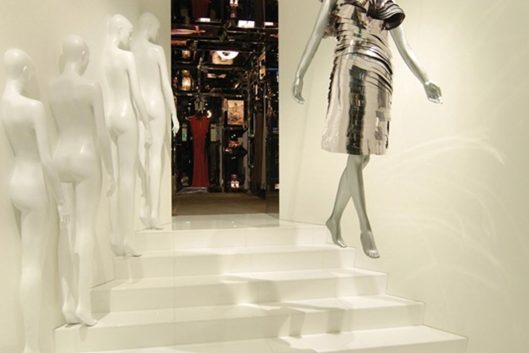 Ashley Isham Fullerton, Ministry of Design, Modern, Commercial, Figurine, Mannequins, White Steps, White Flooring, White Walls, Human, People, Person, Mannequin, Art, Sculpture