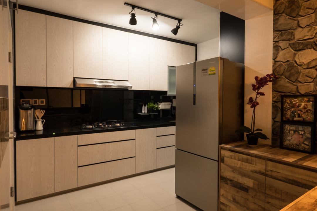 Edgedale Plains (Block 662A), Nitty Gritty Interior, Scandinavian, Kitchen, HDB, Track Lights, Wooden Kitchen Cupboard, Wooden Kitchen Cabinet, Black Laminated Top, Modern Contemporary Kitchen
