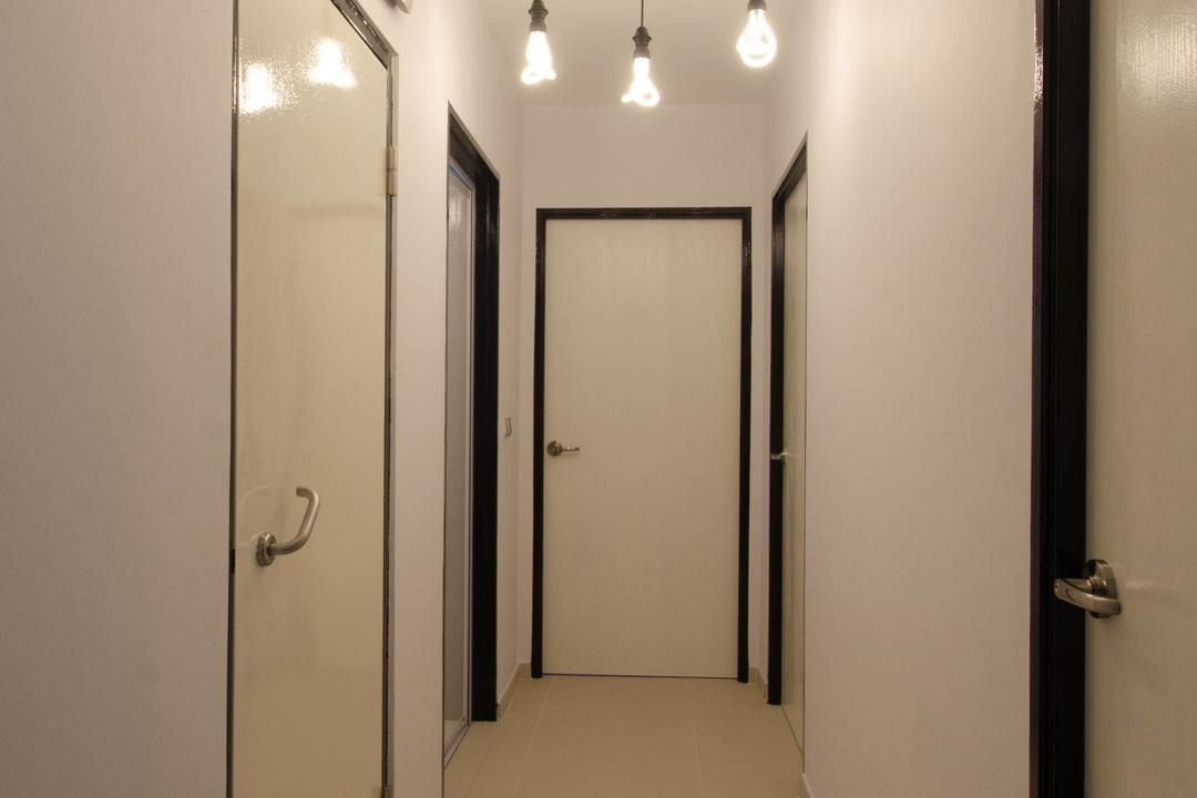 Fernvale Link (Block 440C), ELPIS Interior Design, Minimalistic, HDB, Hanging Lights, Hanging Light Bulbs, Hanging Bulb Lights, Wall Clock, Beige Doors