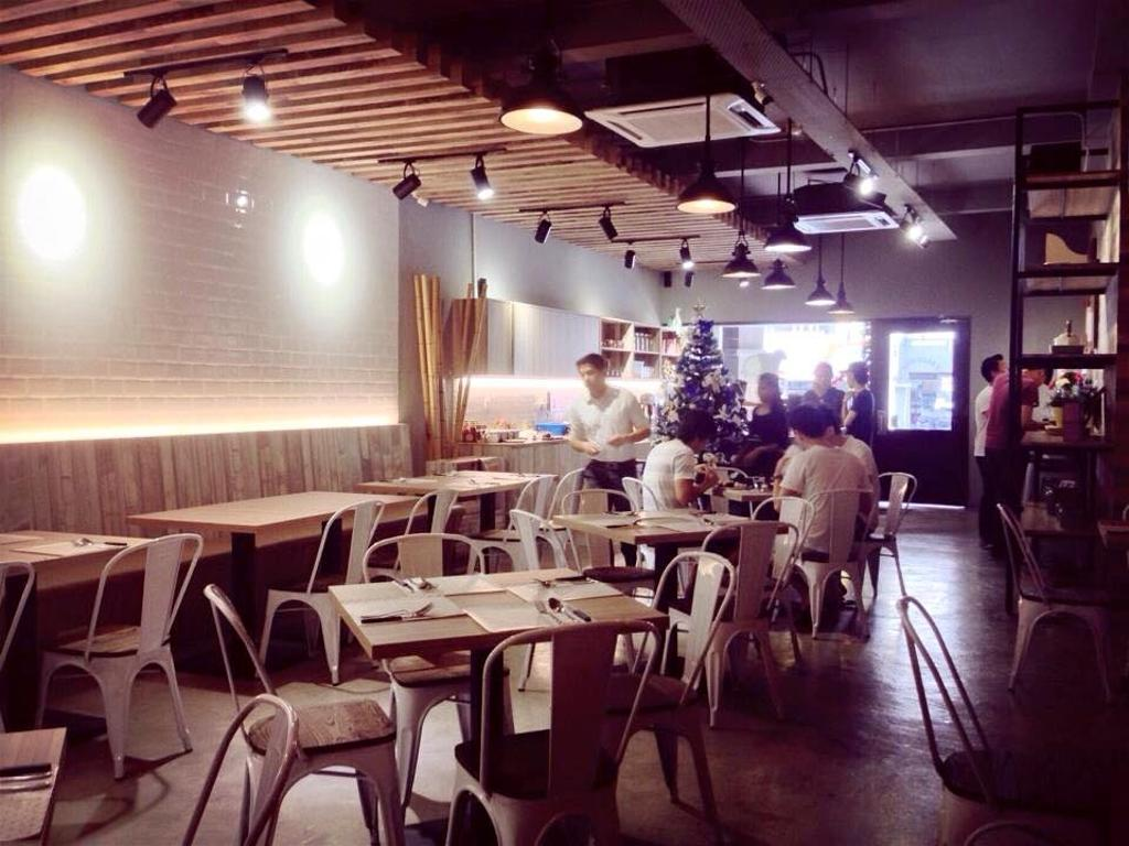 3 Bags Full Cafe @ Kota Damansara, Commercial, Interior Designer, MLA Design, Industrial, Cafe, Wooden Beams, Exposed Ceiling, Dining Table, Dining Chairs, Metal Dining Chairs, Wooden Panelling, Hanging Lamps, Pendant Lamps, Track Lights, Furniture, Table, Restaurant
