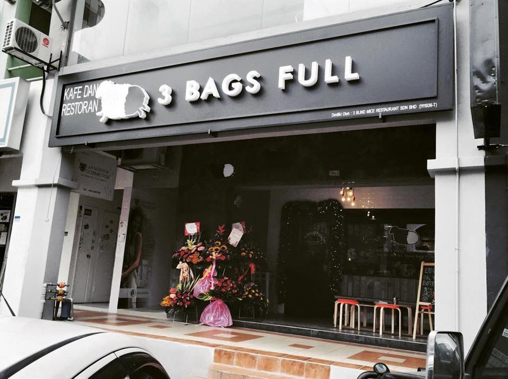 3 Bags Full Cafe @ Kota Damansara, Commercial, Interior Designer, MLA Design, Industrial, Cafe, Exterior, Monochrome, Shop, Subway, Terminal, Train, Train Station, Transportation, Vehicle, Restaurant