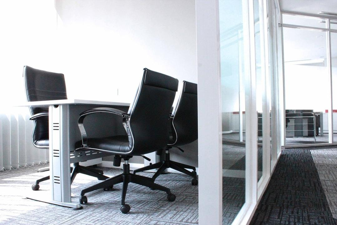 Circor Energy Office @ Maxis tower, MLA Design, Modern, Commercial, Office, Office Chairs, Computer Chairs, Computer Desk, Chair, Furniture, Dining Table, Table
