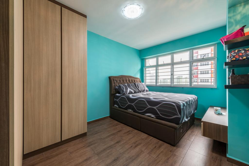 Traditional, HDB, Bedroom, Choa Chu Kang (Block 812C), Interior Designer, ID Gallery Interior, Modern Contemporary Bedroom, Wooden Floor, King Size Bed, Wooden Bedding Panel, Bedding Cushion Panel, Cyan Wall, Wooden Wardrobe, Wall Mounted Wooden Shelve, Ceiling Lights, Bed, Furniture