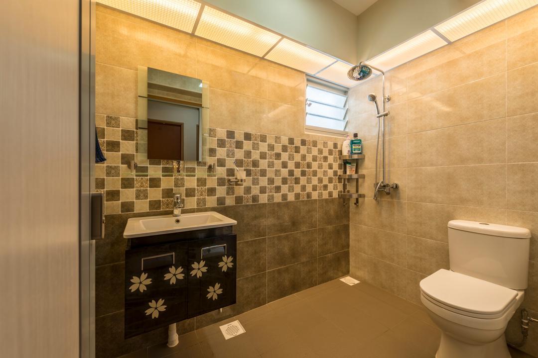 Choa Chu Kang (Block 812C), ID Gallery Interior, Traditional, Bathroom, HDB, Modern Contemporary Bathroom, Marble Wall, Ceramic Tiles, Black Sink Countertop, Recessed Lights, Toilet