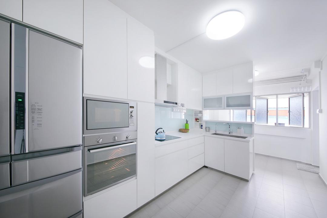 Tampines, Ascenders Design Studio, Scandinavian, Kitchen, HDB, Ceiling Lighting, White Cabinets, White Walls, White Drawers, White Shelves