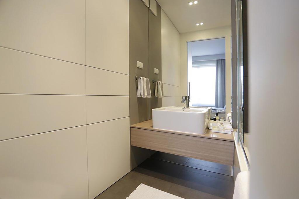 Minimalistic, Condo, Bathroom, Poshgrove East, Interior Designer, ARK-hitecture, Industrial, Indoors, Interior Design, Room