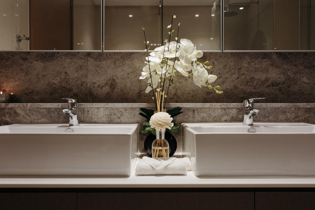 Modern, Condo, Bathroom, Q Bay Residence, Interior Designer, Mr Shopper Studio, Contemporary, Flora, Jar, Plant, Potted Plant, Pottery, Vase, Aisle, Indoors