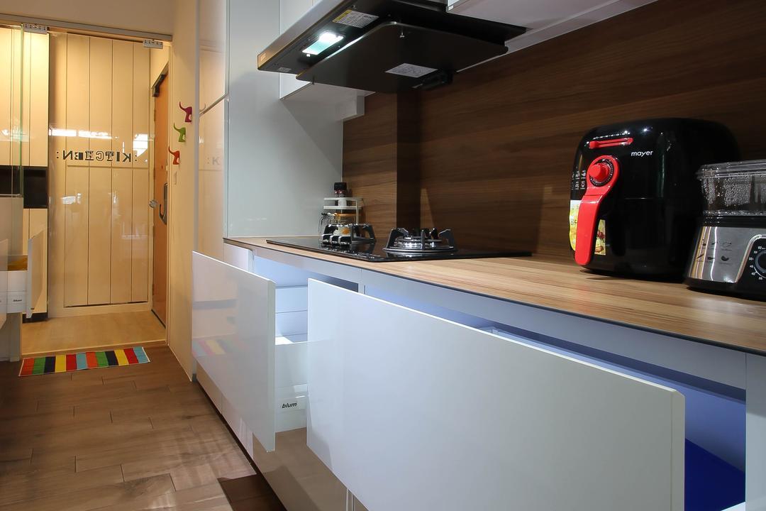 Punggol, Fifth Avenue Interior, Scandinavian, Kitchen, HDB, Kitchen Draw, White Kitchen Drawers, Big Kitchen Drawers, Indoors, Interior Design, Room, Door, Sliding Door