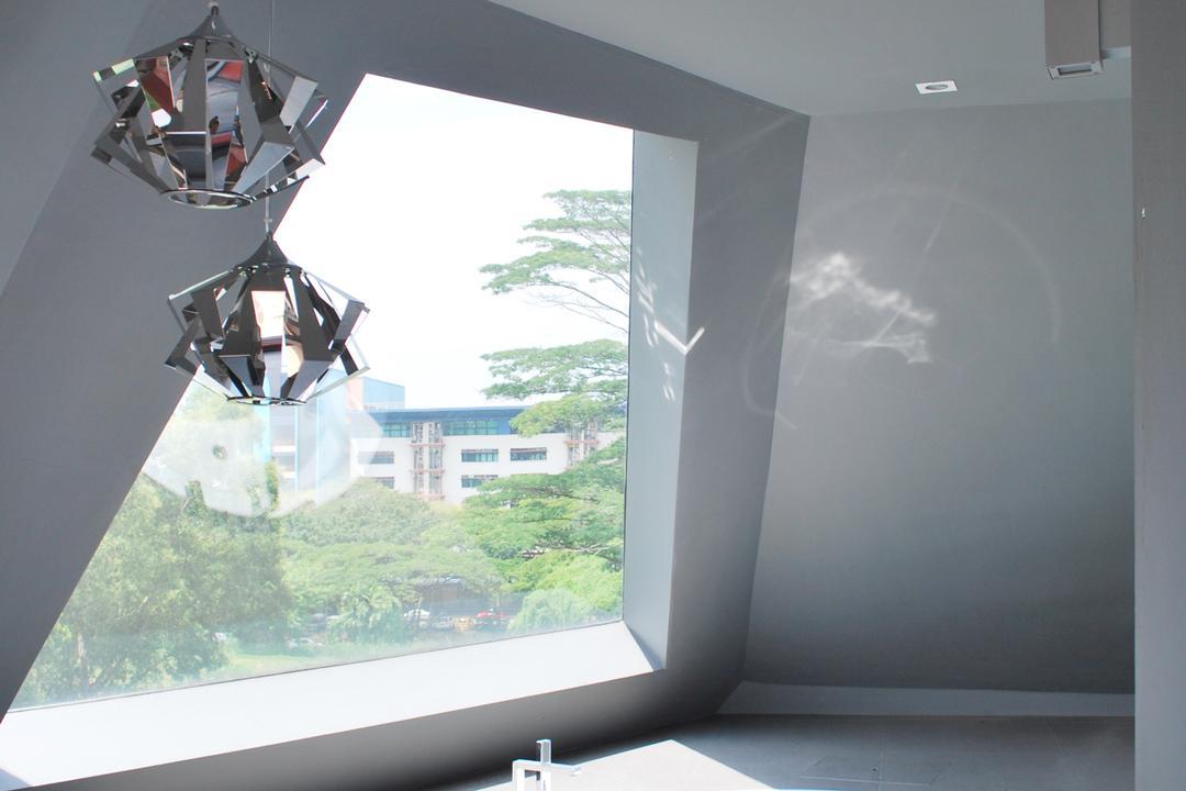 S House, Czarl Architects, Contemporary, Bathroom, Landed, Spotlights, Overhanging Lamps, Sunken Bathub, Open Concept, Glass Window, Door, Sliding Door, Light Fixture