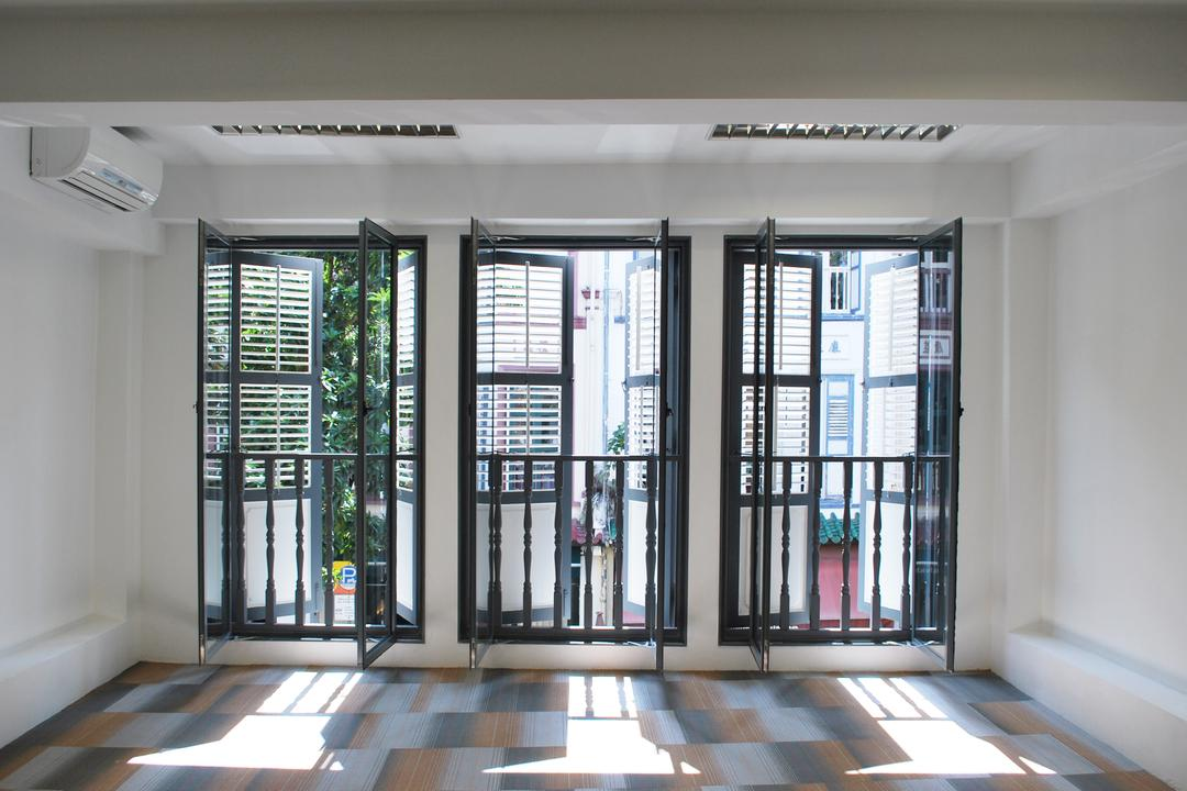 198 Office, Czarl Architects, Transitional, Commercial, Window, Rail, Carpet, Traditional Windows, Balcony