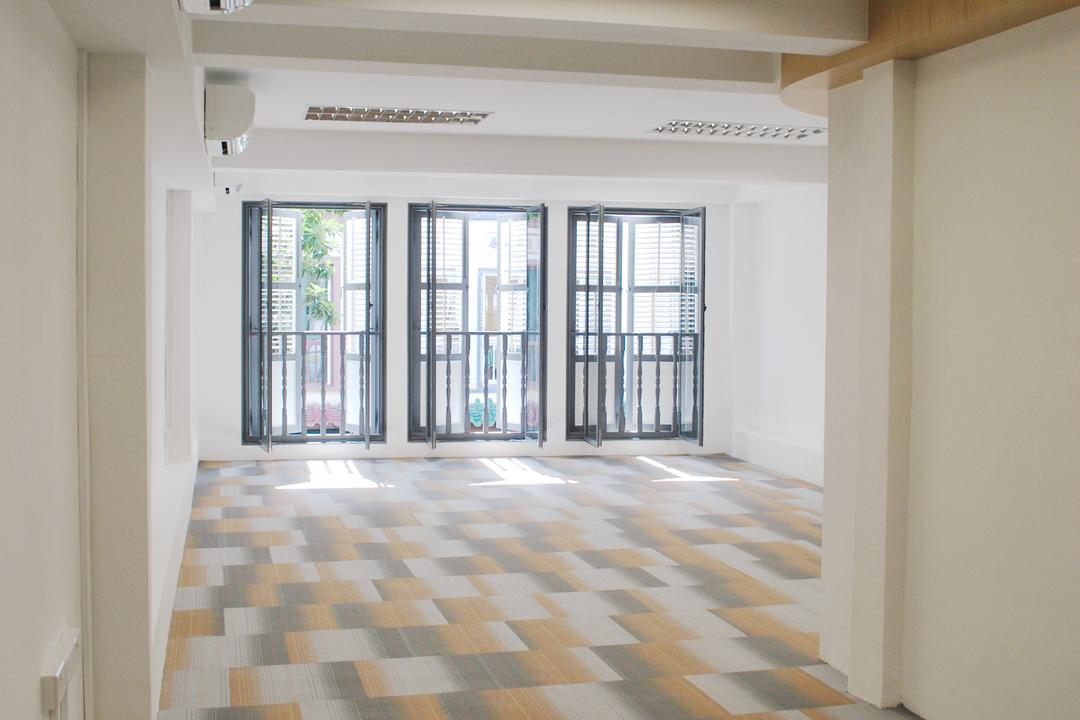 198 Office, Czarl Architects, Transitional, Commercial, Carpet, Empty Room, Floor, Flooring