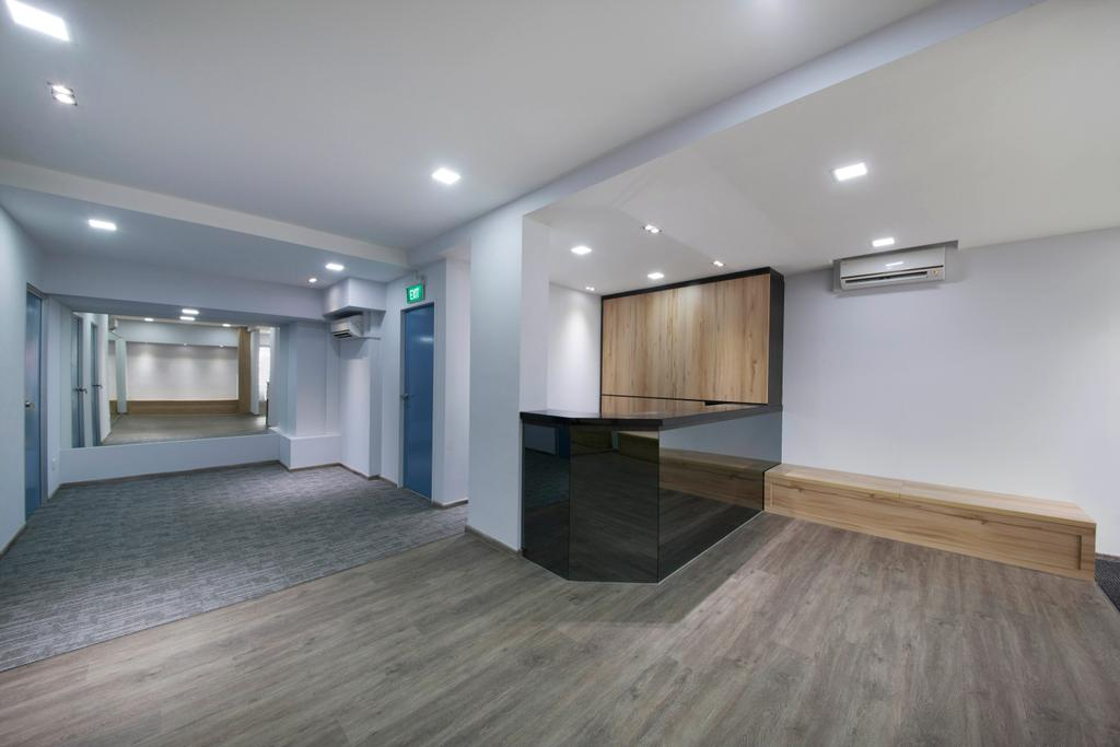Total Health Chiropractic, Commercial, Interior Designer, The Roomakers, Traditional, Flooring, Furniture, Sideboard, Floor