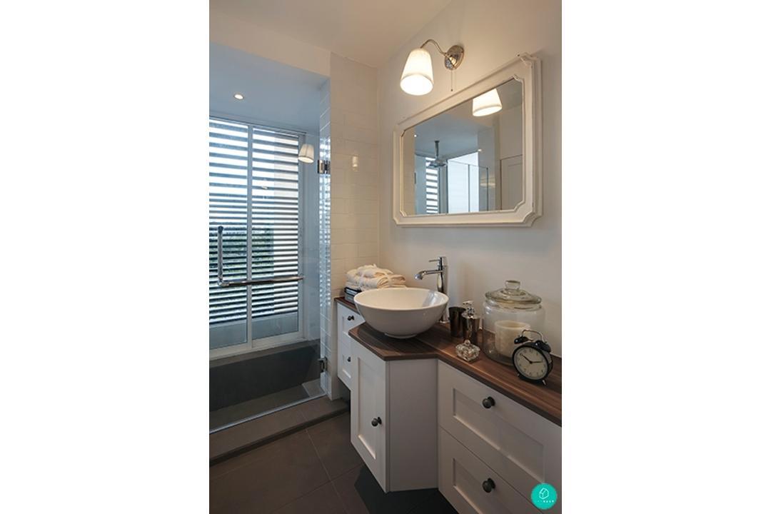 The-Association-Savannah-Country-Decor-Monochrome-Bathroom