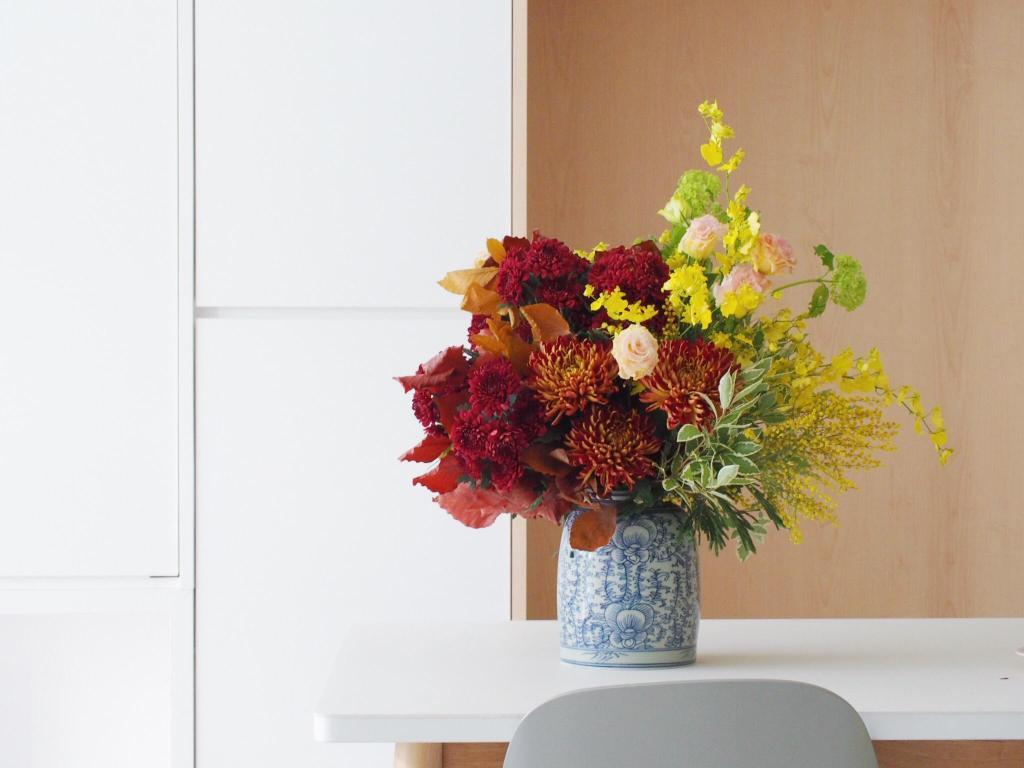 Minimalist, Condo, Living Room, E Maison, Interior Designer, Lemonfridge Studio, Scandinavian, Blossom, Flora, Flower, Flower Arrangement, Ornament, Plant