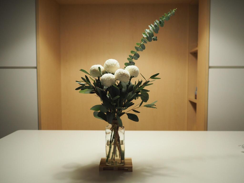 Minimalist, Condo, Living Room, E Maison, Interior Designer, Lemonfridge Studio, Scandinavian, Flora, Jar, Plant, Potted Plant, Pottery, Vase, Art, Blossom, Flower, Flower Arrangement, Ikebana, Ornament