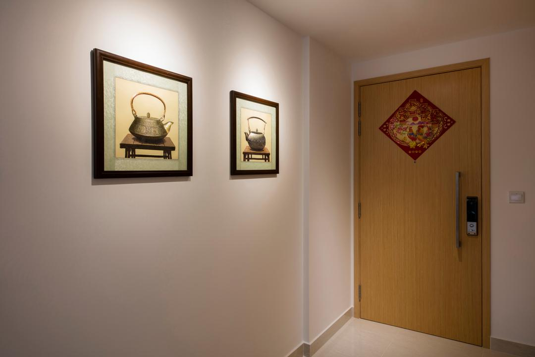 La Fiesta, Innerspace Design Solutions, Traditional, Vintage, Condo, Hallway, Entrance, Artworks, Paintings, Art Frames, Art, Art Gallery