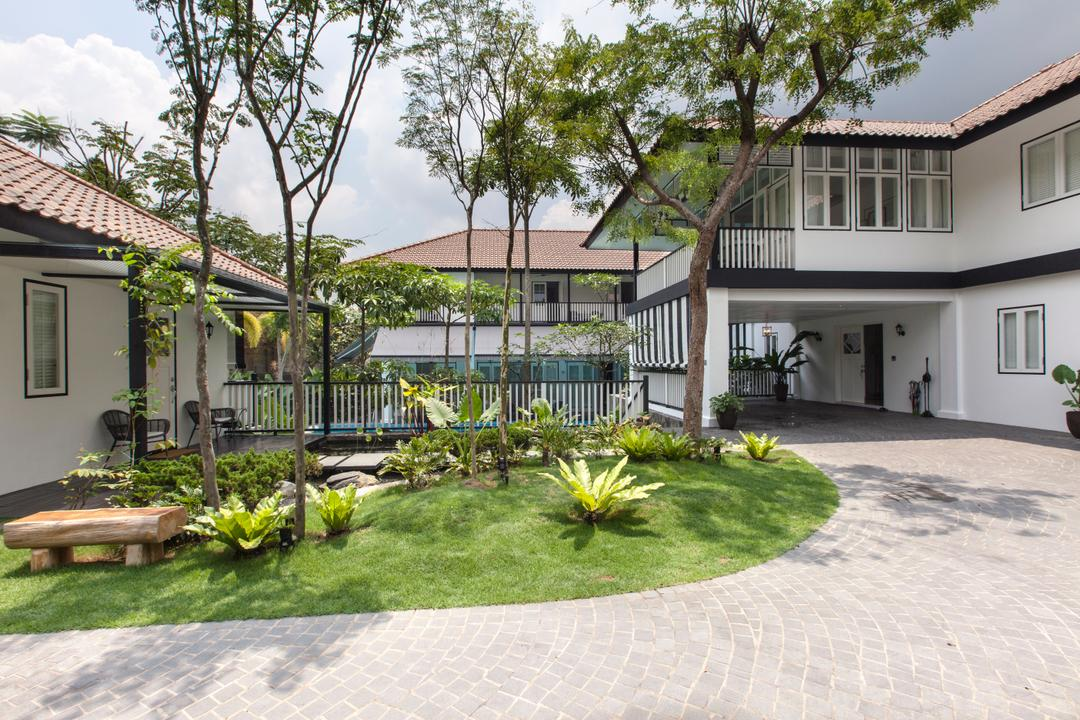 Maryland Drive, Aamer Architects, Traditional, Landed, Black And White House, Colonial, Black And White, Bungalow, Foyer, Driveway, Outdoors, Yard, Patio, Pergola, Porch