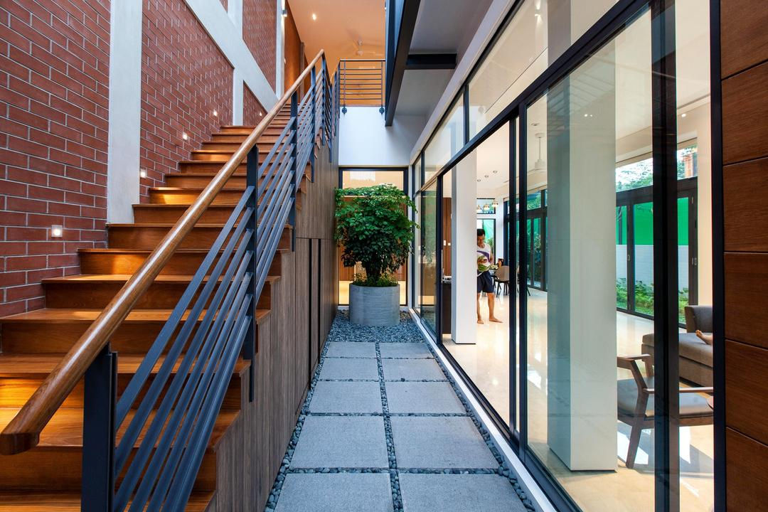 Jalan Remis, Aamer Architects, Contemporary, Landed, Airwell, Staircase, Stairs, Flora, Jar, Plant, Potted Plant, Pottery, Vase, Railing, Path, Walkway