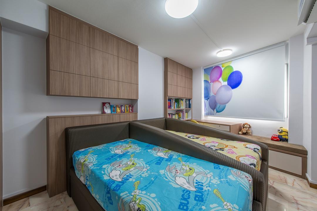 Bedok Reservoir, Ace Space Design, Traditional, Bedroom, HDB, Kids Room, Kids Room, Blinds, Wooden Cabinet, Wooden Bed Frame, Lamp, Ball, Balloon, Sphere, Jacuzzi, Tub