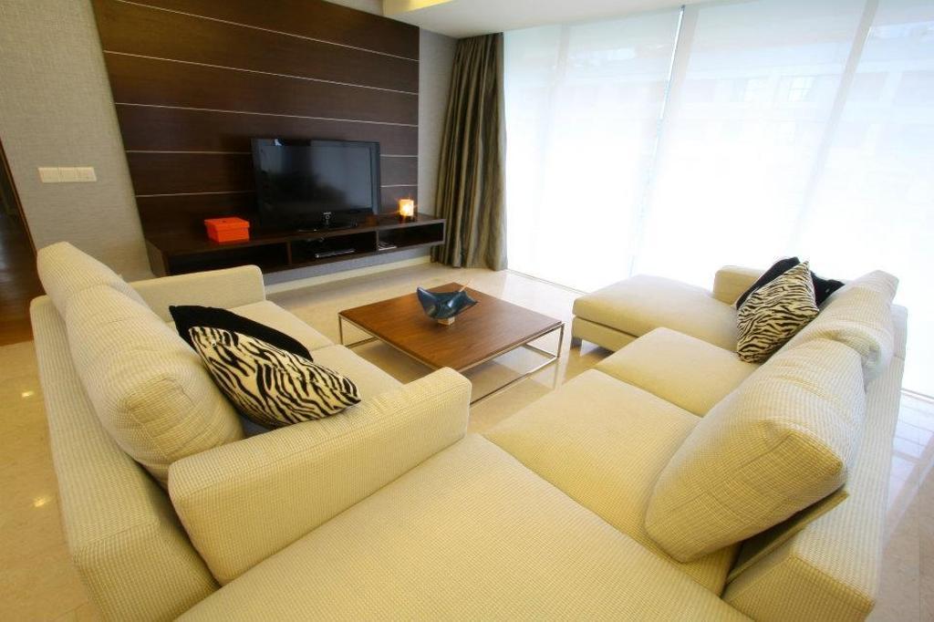 Modern, Condo, Living Room, Il Hampshire, Interior Designer, Quest Designs, Couch, Furniture