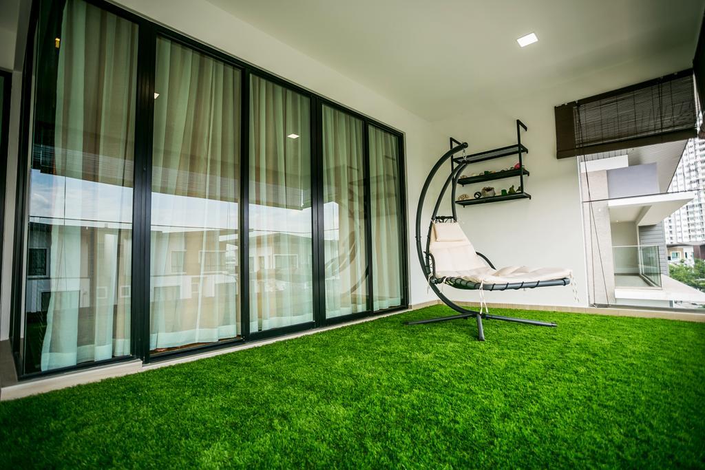 Landed, Balcony, Akira Sierra, Interior Designer, M innovative Builders, Shelf