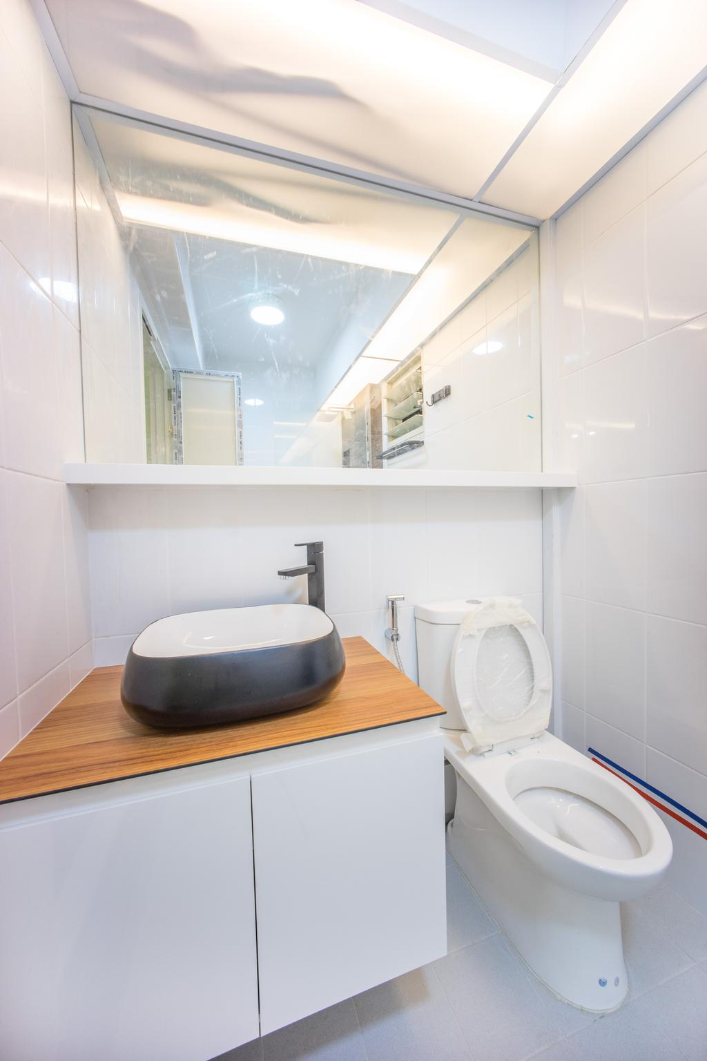 Minimalistic, HDB, Bathroom, Compassvale Bow (Block 275A), Interior Designer, Team Interior Design, Toilet, White Board, Bathtub, Tub, Molding