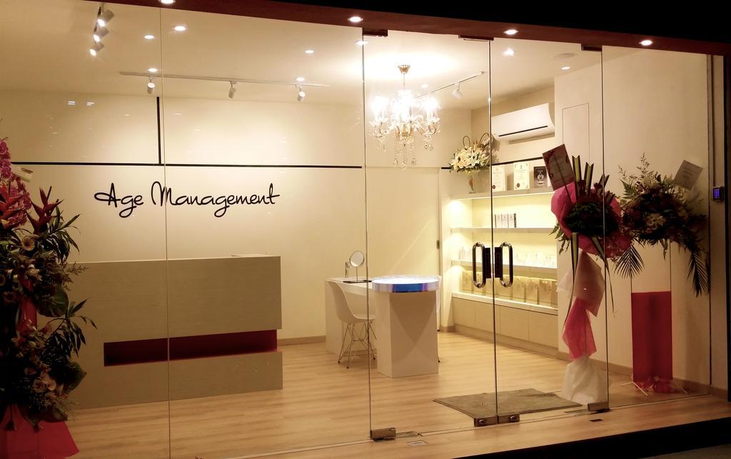 Age Management Beauty Salon, Bandar Menjalara, Commercial, Interior Designer, TOD Interior Design, Modern, Minimalistic, Flora, Jar, Plant, Potted Plant, Pottery, Vase