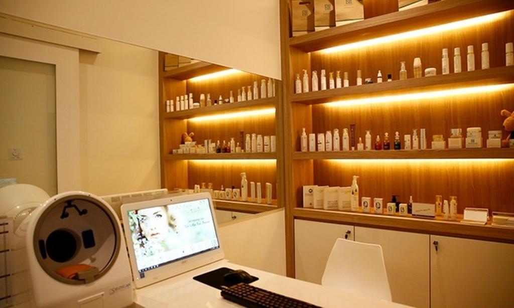 Revival Skin Lab Medical Spa, Sarawak, Commercial, Interior Designer, TOD Interior Design, Minimalistic, Modern, Electronics, Monitor, Screen, Tv, Television, Sink